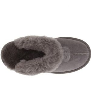 UGG Shoes - NWT Grey Ugg Slipper